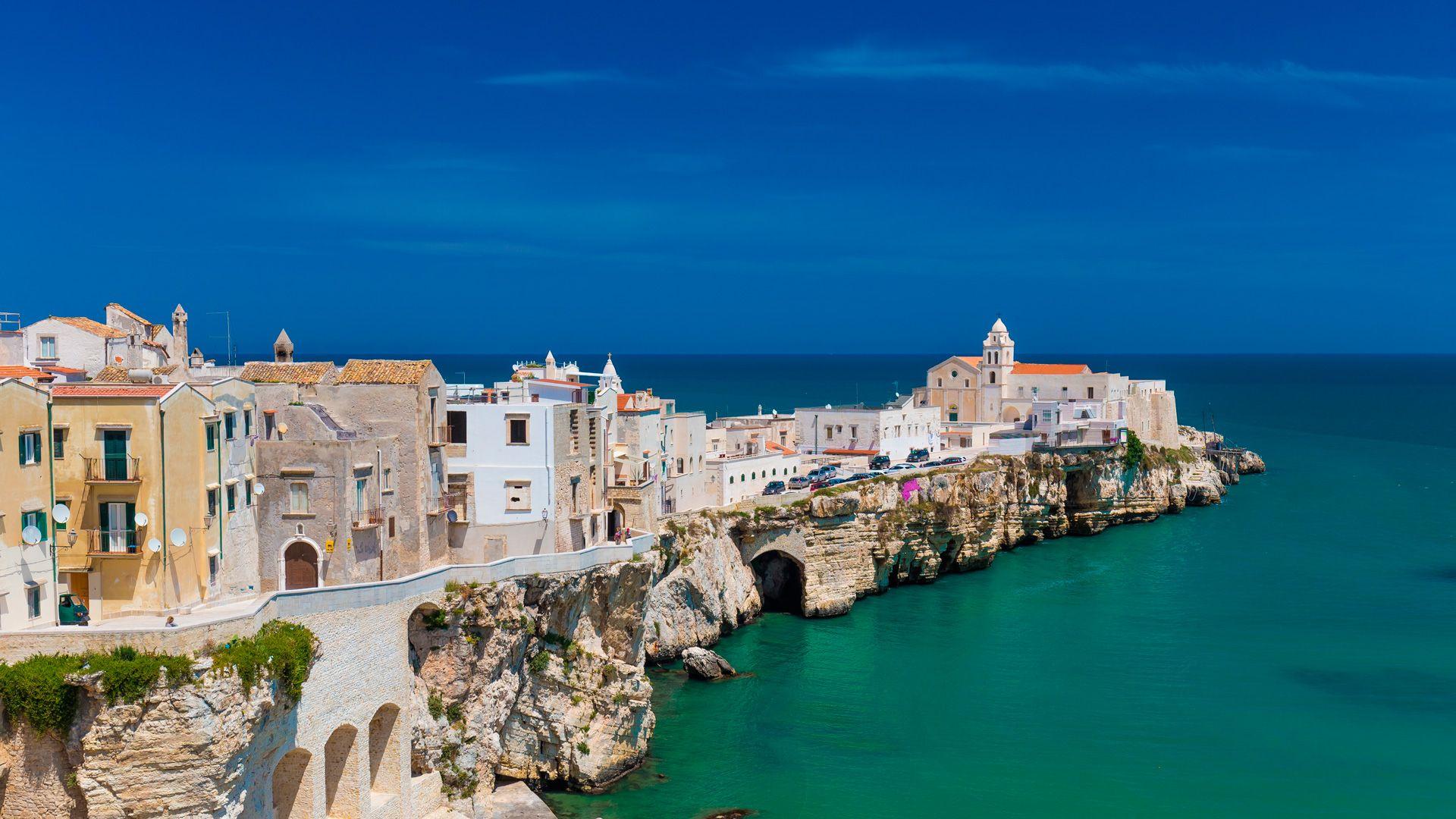 Apulien Karte Strände.Apulien Boutiquehotels Trulli Strandhotels Ferienhäuser